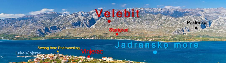 Slika prikazuje fotografiju Starigrada- Paklenice s pripadajućim geografskim imenima.